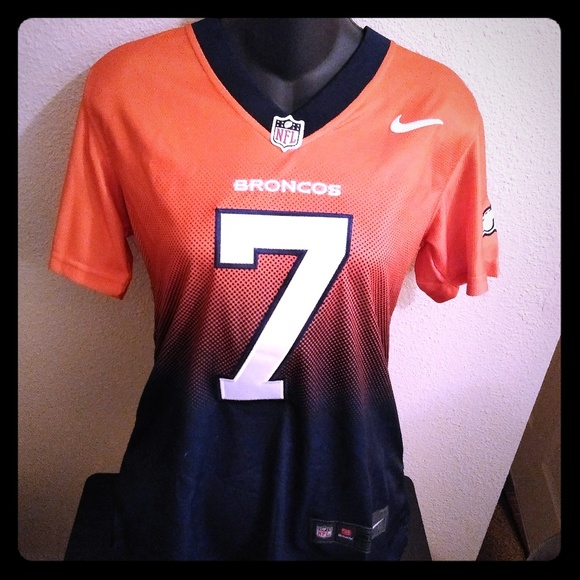 free shipping ed7e5 c2083 Denver Broncos Womens Elways Color Rush Jersey